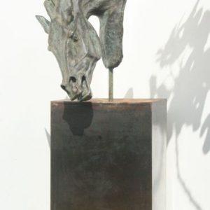 Metal_plinth_for_sculpture