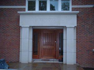 Stainless_steel_door_furniture_2