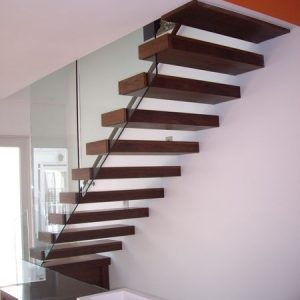 Steel_framed_floating_staircase_2
