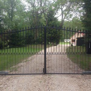 Rotherwick gates 4