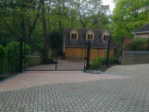 Ewshot gates