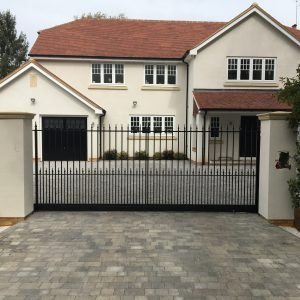 Sliding gate Yateley